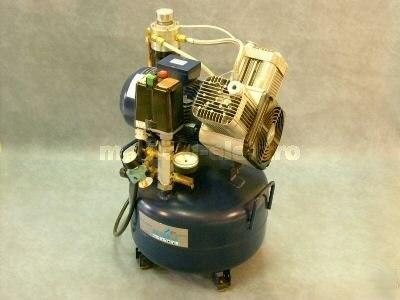 .Compressor Dürr Dental. > używany sprzęt medyczny i ...